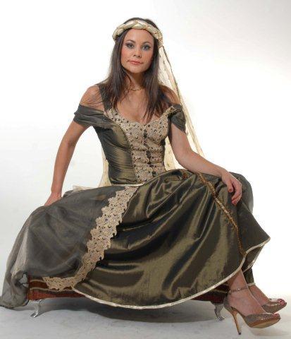 תלבושות מרוקאיות לחינה